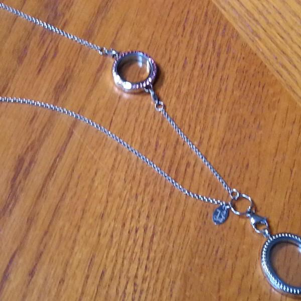 in-line lockets chains